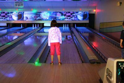 10apr11-bowling