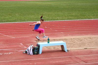 06may11-triple-jump1