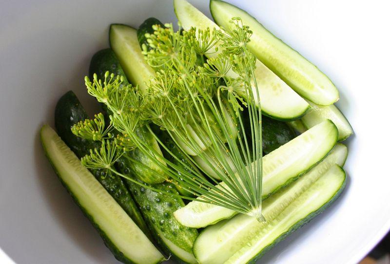 04aug11-pickles